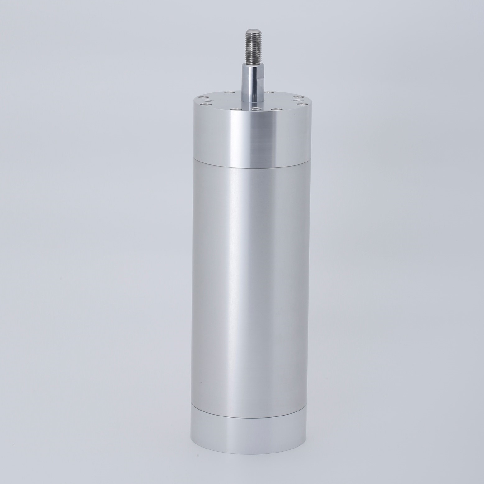 Low friction resin packing cylinder